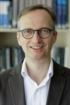 Picture of Prof. Tautz